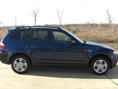 Picture of a 2004 BMW X3 3.0i